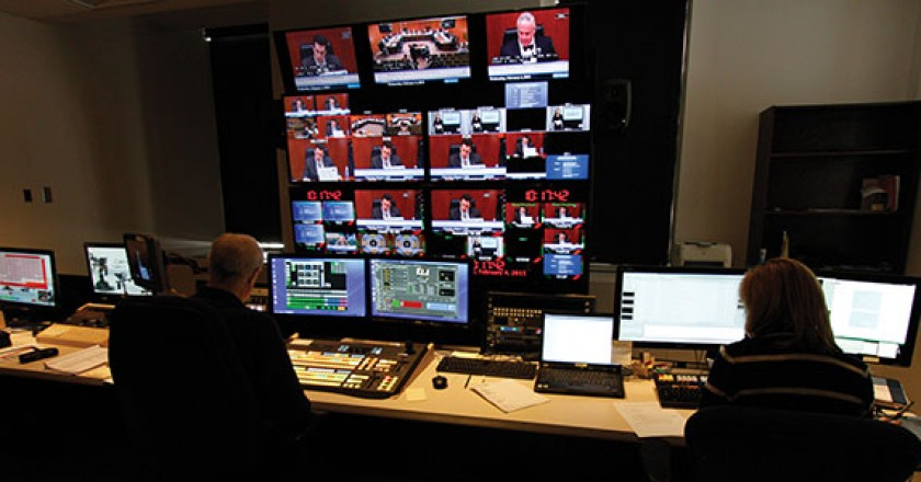 broadcast-control-room-for-the-Minnesota-State-Capitol_AlphaVideo