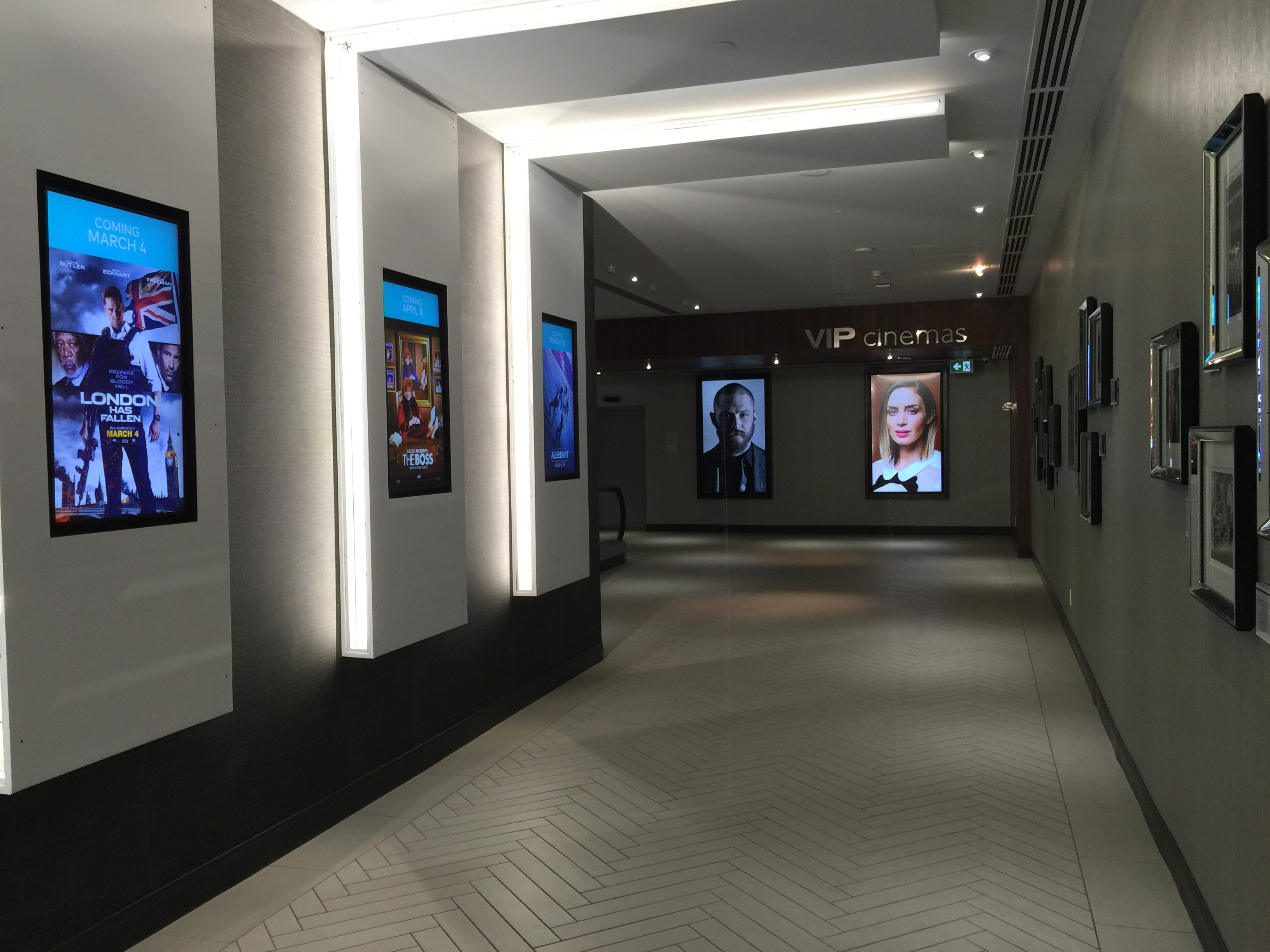 Cineplex - Digital Signage 3