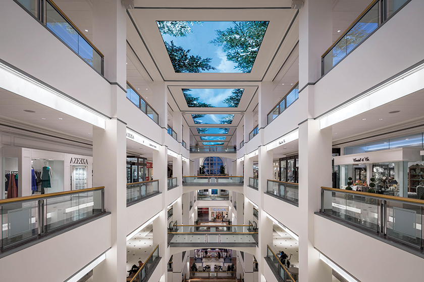 High-resolution displays and dynamic content simulate a skylight that can be seen from several levels below.