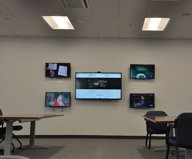 Multiple video feeds enable officers to be well informed during emergency events.